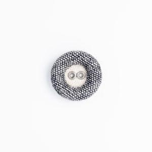 ドーナツリネン 2つ穴 ハトメ くるみボタン