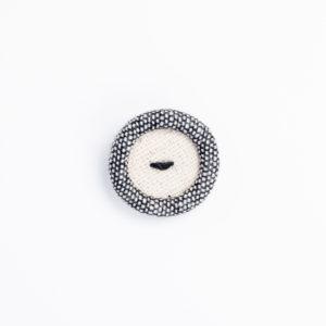 ロータス ソースルー 直縫い くるみボタン