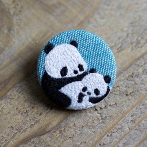 くるみボタン・刺繍ブローチ パンダ