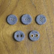 くるみボタンの種類・リネンクルミ2H・フラットリネン・リネンクルミ4H・リネン100・リネン200